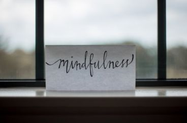 3 Reasons to meditate at work